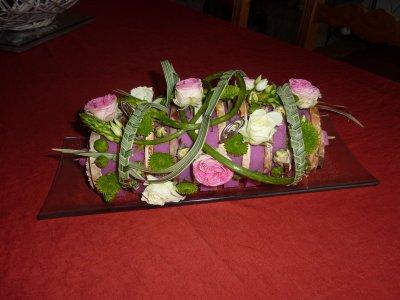 j'ai envie de vous faire découvrir quelques compos faite dans l'année 2010 à mes cours d'art floral