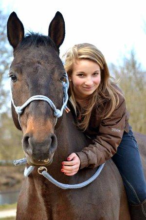 Le cheval enseigne à l'homme la maîtrise de soi, et la faculté de s'introduire dans les pensées et les sensations d'un autre être vivant