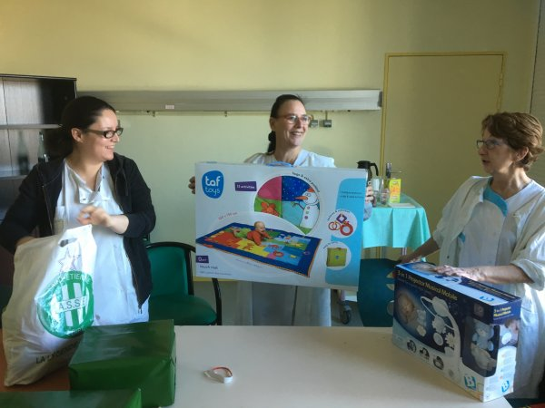 Dons au service enfants du Centre Hospitalier de BLOIS. Meilleure santé aux enfants. ALLEZ LES VERTS.
