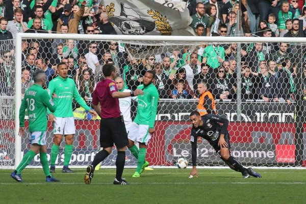 ASSE 0-1 SM CAEN: amère défaite. rien de bien durant 90 mn, à s'ennuyer de voir un tel football.