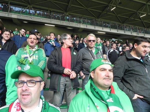 ASSE 2-2 FC METZ:  et pourtant malgré un match du maigreur rarement vu, les SUPPORTERS sont toujours présents. Quelle fidélité.