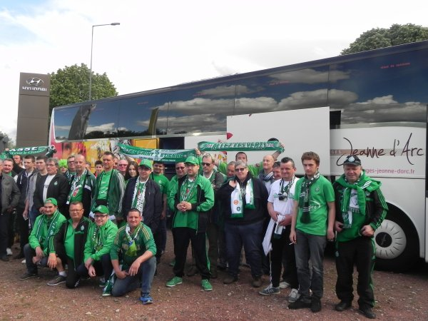 ASSE * PSG du 14 mai 2017. Après 5 heures 30 de bus nous voilà arrivaient..