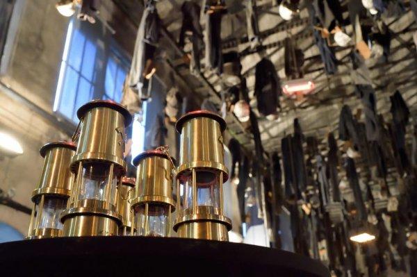 Les nouveaux VERTS ont reçu leur lampe de mineur.