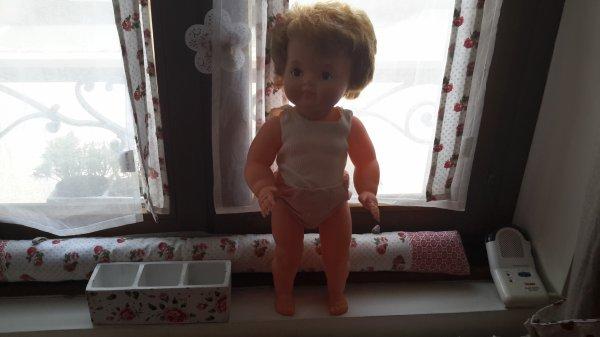 Bonjour à tous pourriez vous me donner le non à cette poupée merci d avance bonne journée à tous mes amies