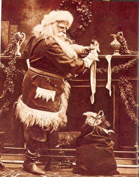 L'avez-vous vu ? J'espère que le Père Noël n'a oublié personne et qu'il vous a toutes et tous comblé cette année.