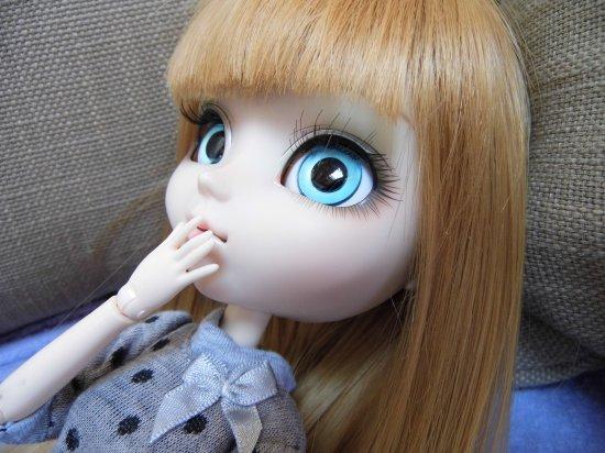 Séance avec des eyechips bleus clairs