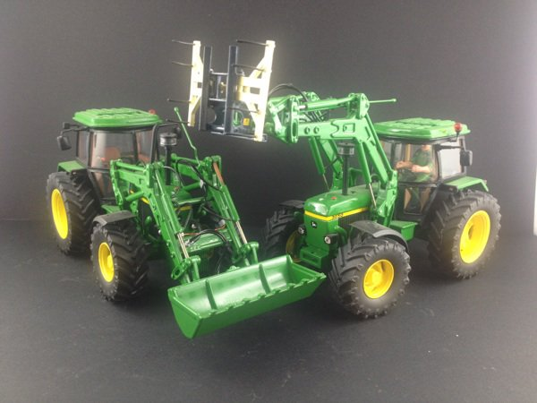 ma collection duo de john deere 3650 map avec chargeur minature agricole 67. Black Bedroom Furniture Sets. Home Design Ideas