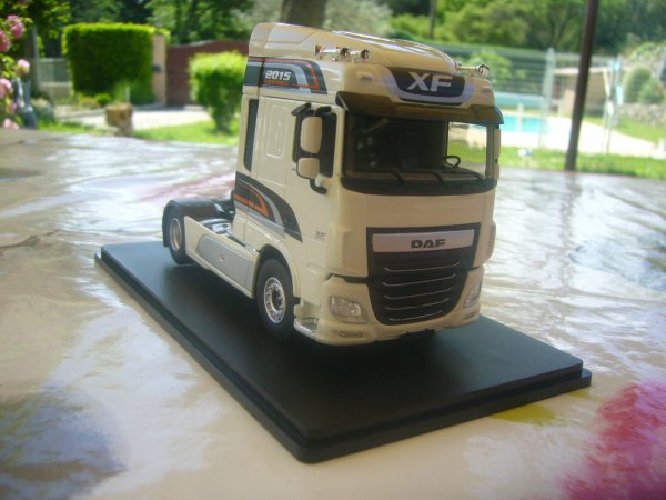 TRACTEUR DAF XF 106 SPACE CAB 2015