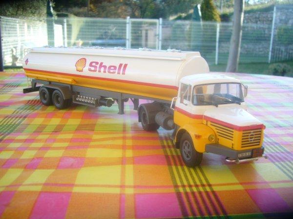 BERLIET TLR 12 (1967 - 1973)  SHELL  N° 30