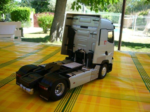 RENAULT T 520cv