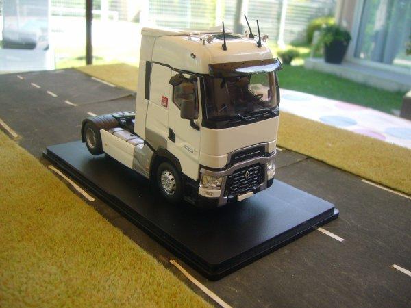 TRACTEUR RENAULT T520 HIGT 4x2
