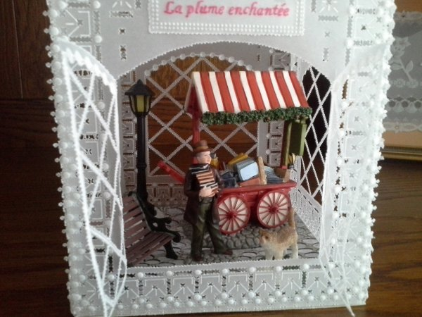 "LANTERNE ""LA PLUME ENCHANTEE"" 2017 en parchemin"