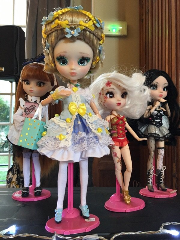 Dolls rendez vous in Paris 5