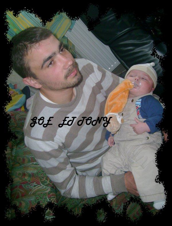 Mon frere goeffrey et son fils Tony