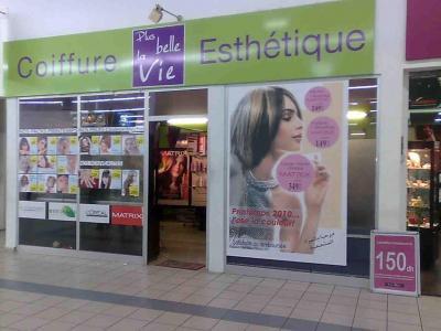 Salon de coiffure femme rabat