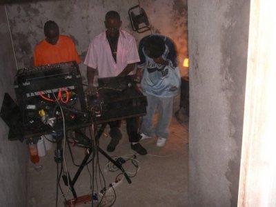 encor nous DJ