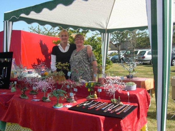 marché artisanal par une superbe belle journée