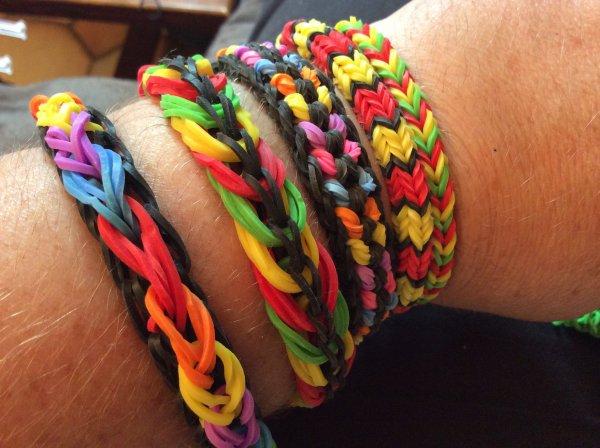 3043 petit sac et bracelet en élastiques