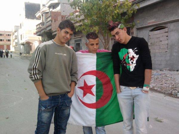 *Moi et mes amis Zaki et Halim*