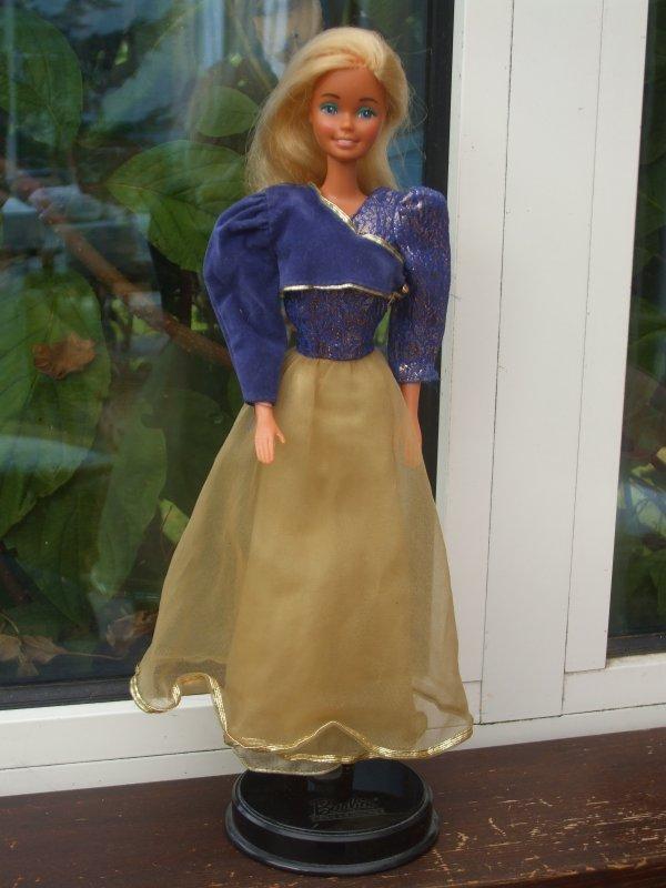 Haute Couture Barbie, 1983