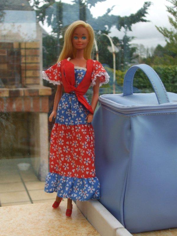 Barbie et ses robes longues