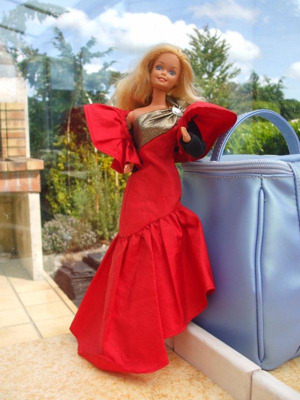 Oscar de la Renta habillait Barbie dans les années 80