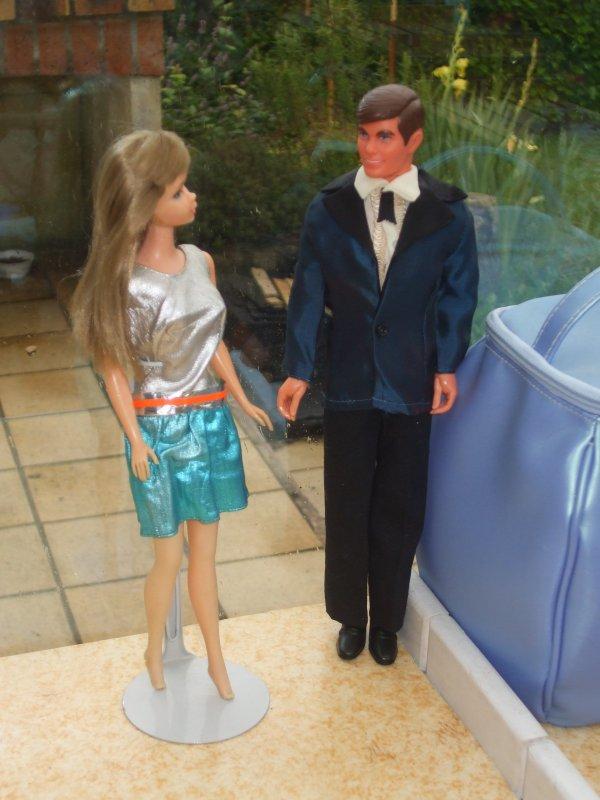 Ken joue encore les séducteurs !