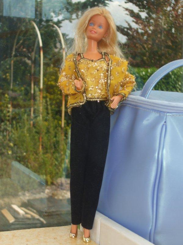Oscar de la Renta habillait Barbie...