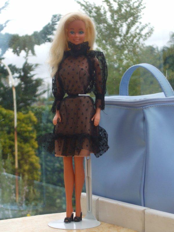 Haute Couture Barbie en 1983