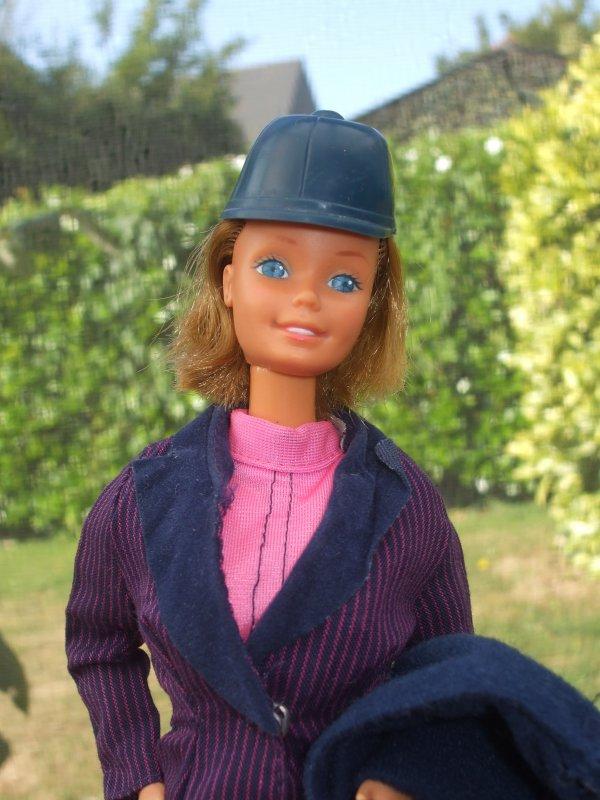 Barbie toujours fan' d'équitation