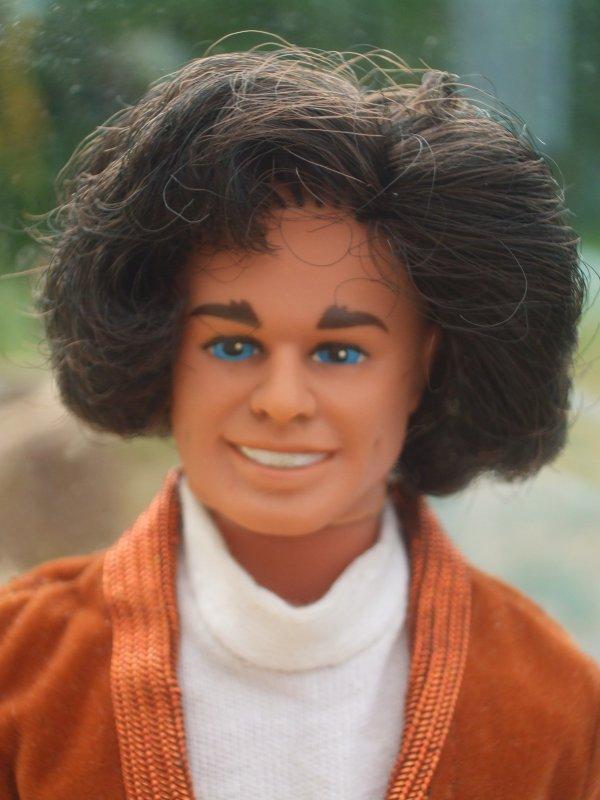 Ken au royaume de l'à-peu-près