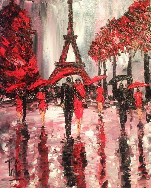 PARIS VOIT ROUGE
