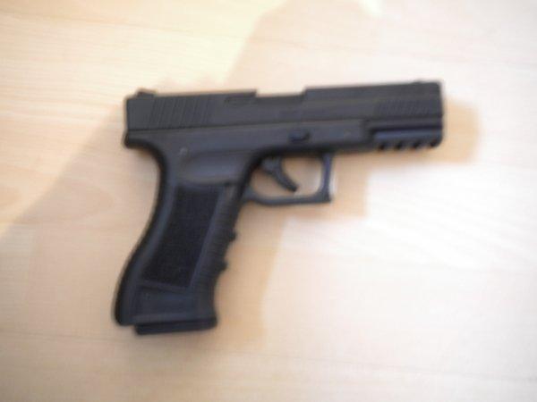 Glock 17  ou  TS  8017