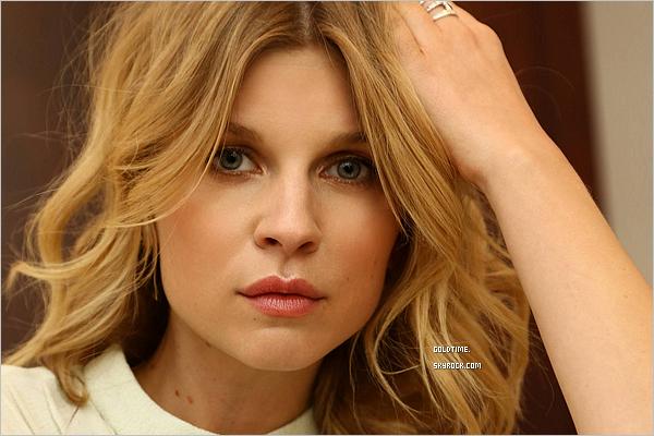 """_ 2015 : Clémence Poesy sublime dans un photoshoot pour la marque """"Chloe"""" .   Pour ceux qui l'ignorait, elle a été l'égérie pour le parfum """"Love Story"""" de la marque. Vos avis ?"""