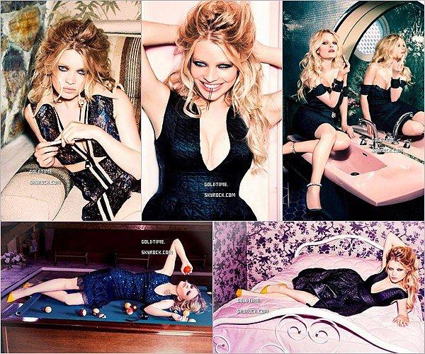 _ Août 2014 : Mélanie Thierry posait pour le  magazine Glamour Italie . C'est un de mes photoshoot préféré de Mélanie, je la trouve juste sublime. Vos avis ? .