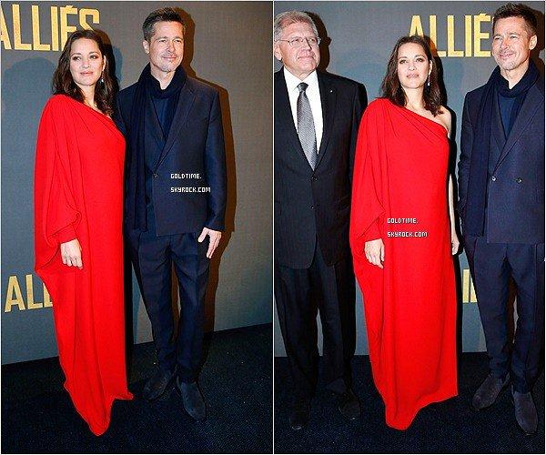 """_ 20/11 : Marion & Brad Pitt étaient à la première parisienne de """"Allied"""" .  C'est un petit top pour ma part pour notre belle Marion, le rouge lui va très bien ! Vos avis ?"""