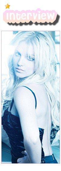 ♦InterviewVoici l'interview que Britney a livré à OUT magasine.