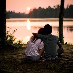 Moi je trouve que c'est plus facile de tomber amoureux, quand on sait déjà que c'est réciproque.