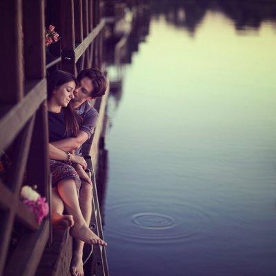 Pour moi, être aimé n'est rien, c'est être préféré que je désire. [André Gide]