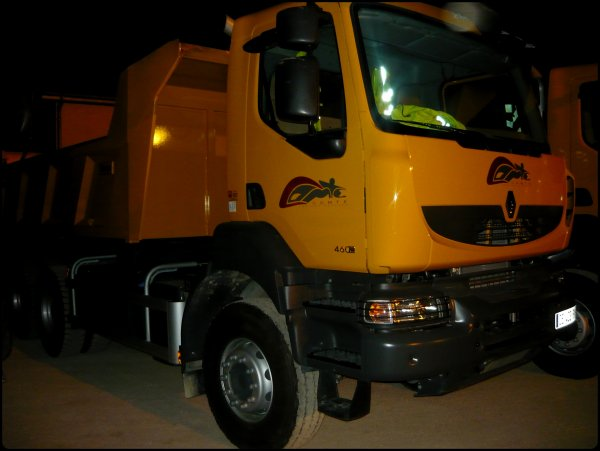 Renault 460 , 320