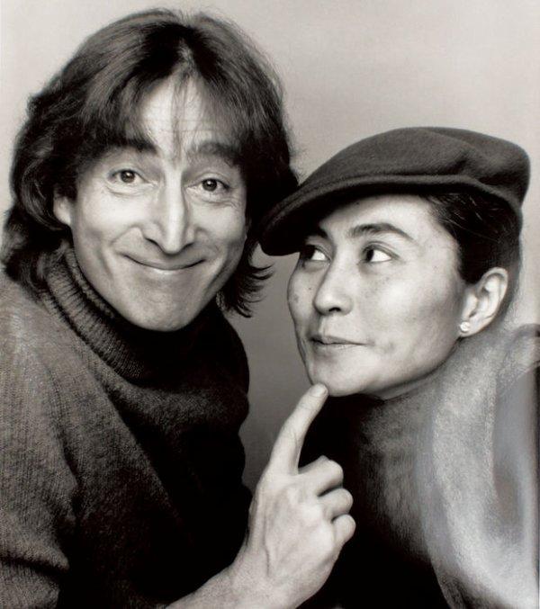 John Lennon - Woman (Subtitulada Inglés/Español) HD  BONSOIR  LES AMIES    TONY