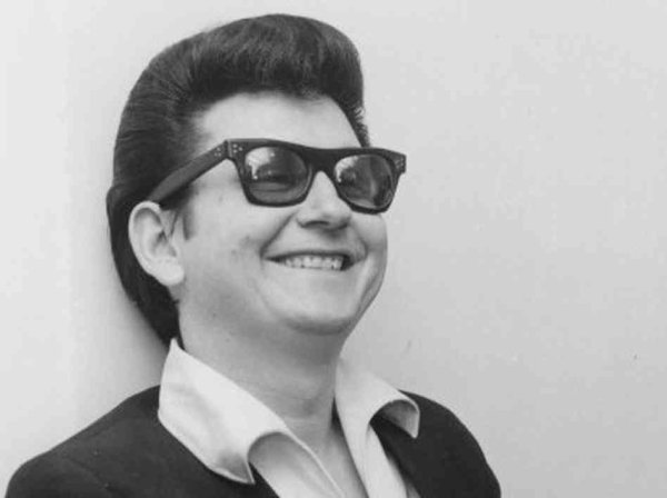 She Wears My Ring ~ Roy Orbison