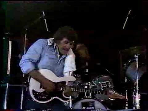 Carl Perkins - Matchbox (Live in Denmark)  JE RESPIRE ROCK N ROLL   DU MATIN  AU SOIR   TONY