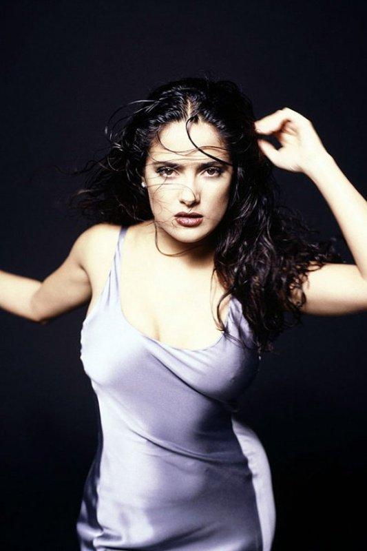 Salma Hayek / From Dusk till Dawn (HD720). LA BELLE ET LA BETE