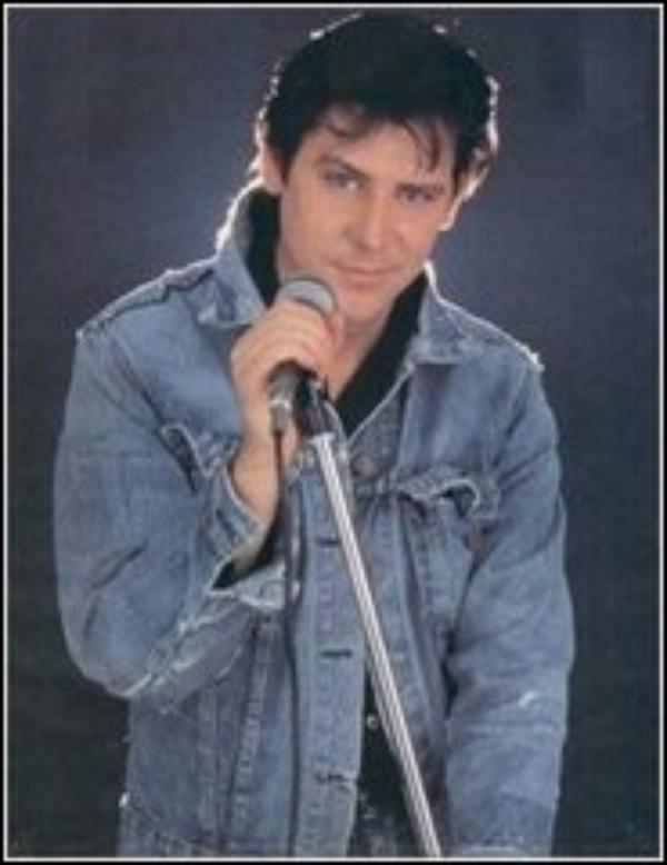 Shakin' Stevens - Lawdy Miss Clawdy - live in Brighton 1989