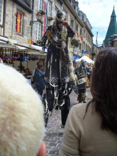 """""""La licorne fut créée par sorcellerie pour permettre aux preux chevaliers de combattre en tournoi les mains dans les poches. """""""