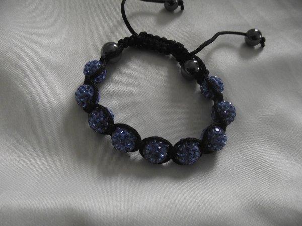 Et  bracelet Shamballa