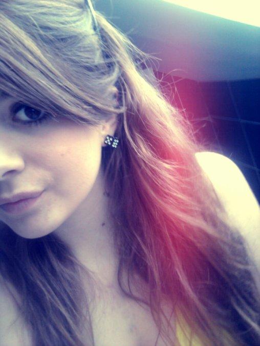 Dis moi encore que tu m' aime ....