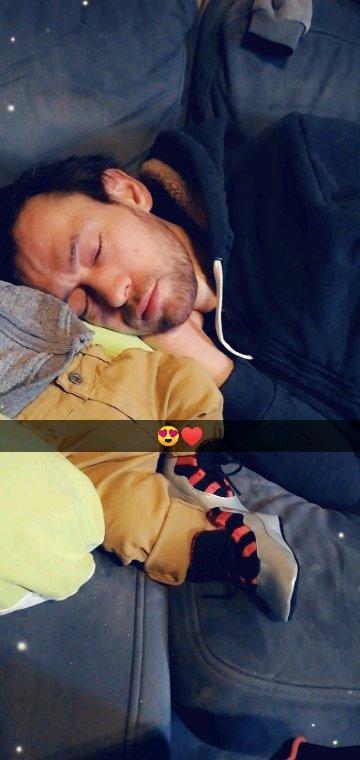 Les bébés dort et maman veille ❤️