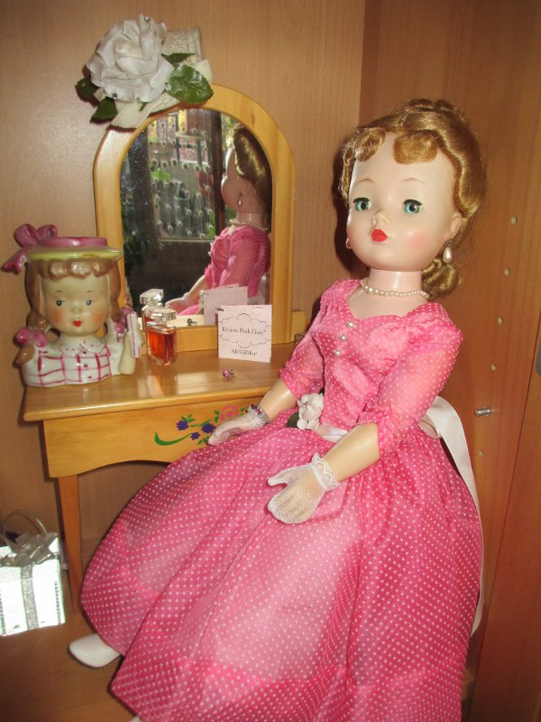 "ma belle Cissy ""Lavender afternoon"" de Madame Alexander de 1957"
